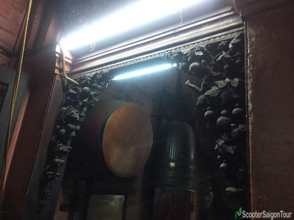 Inside Ngoc Hoang Pagoda Or Jade Emperor Pagoda (12)