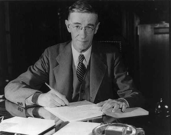 Vannevar Bush. Image from Wikimedia Commons.