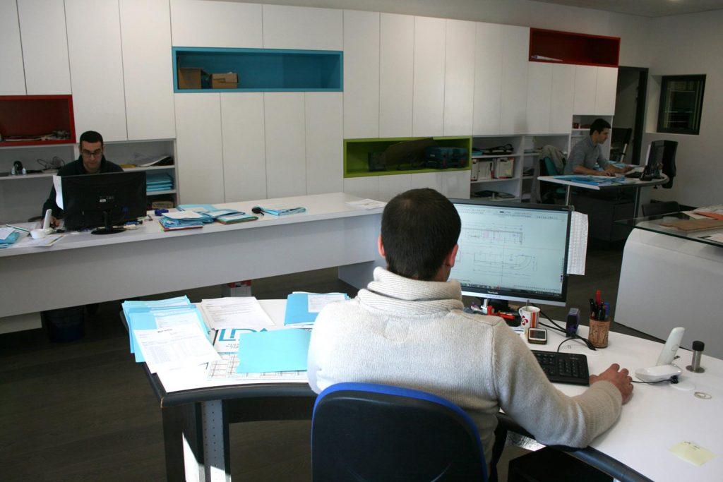 Le bureau d'étude de la SCOP Laporte à Samadet - agencement et mobilier GMS