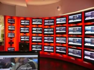 agencement d'espaces culturels, télé, hifi et téléphonie