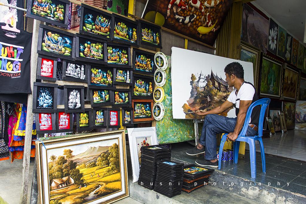 IMG_2558 penjual lukisan di Panorama Bukit Tinggi