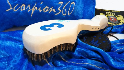 White & Prince Blue Medium Hard Wave Brush Set
