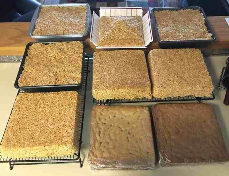 crisped rice treats, TARDIS cake, groom's cake, Dr. Who, baking, desserts, love to bake, cake, layer cake, Rice Krispy Treats, Rice Krispies Treats, Smitten Kitchen, Moms and Daughters