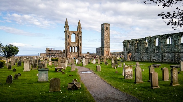 East Coast of Scotland 7 Day Itinerary - Edinburgh, St Andrews, Dunnottar Castle, Aberdeen and Royal Deeside