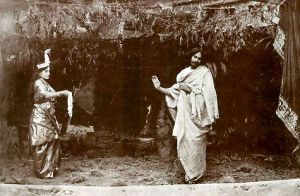 Rabindranath Tagore (Valmiki) and Indira Devi Chowdhurani (Lakshmi) in Vālmīki-Praṭibhā. Rabindra Smriti — Kolkata: Visva-Bharati, 1974.