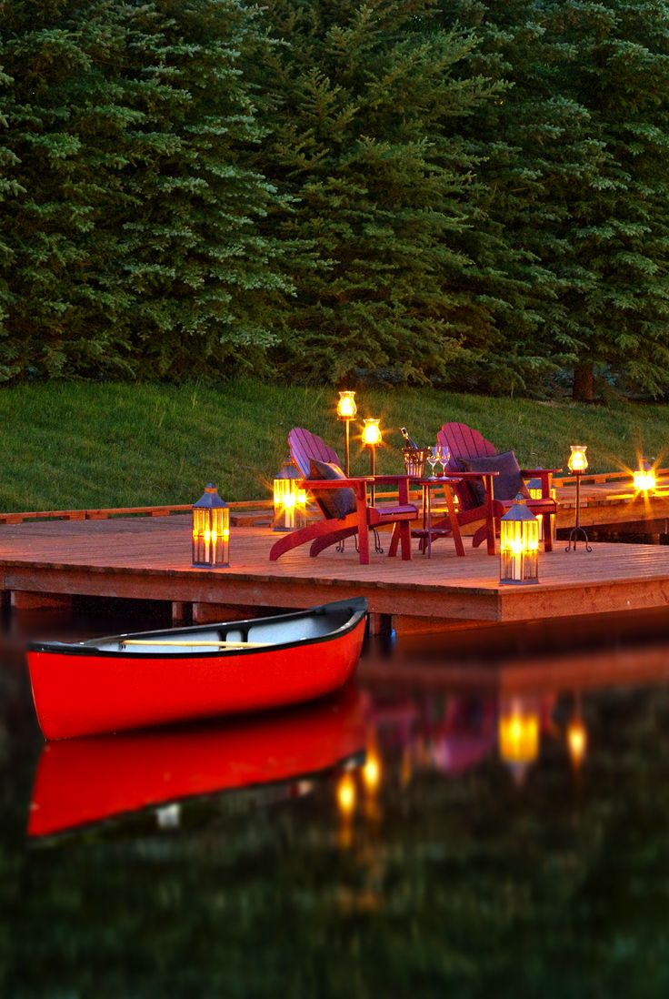 Isn't this the most romantic setting ever!!