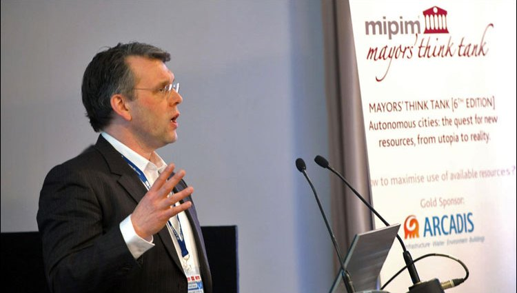 Scott Burnham delivering the keynote on maximizing available urban resources at MIPIM Global Mayors Think Tank, Cannes, France
