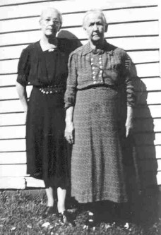 Elizabeth and  Martha HONEYCUTT