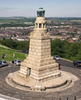 Law Hill War Memorial, Dundee