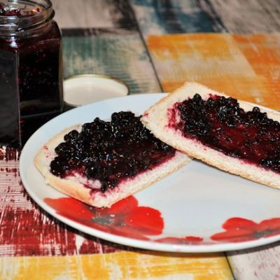 Foraged Wild Blackberry Jam Recipe