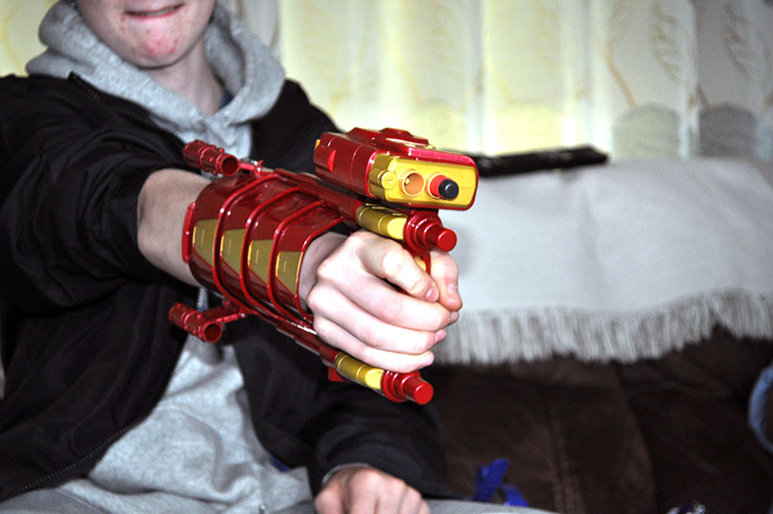 captain-america-nerf-gun