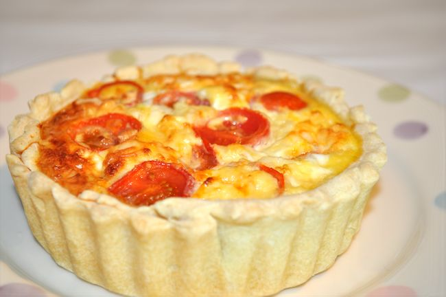 Cheese & Tomato Quiche Recipe