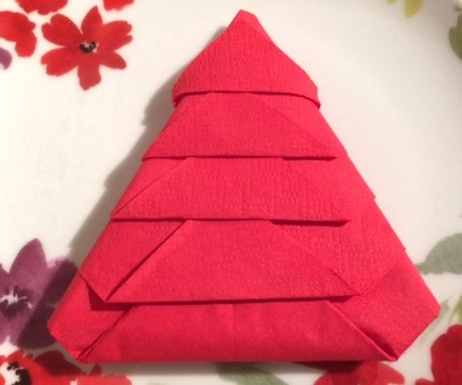 Christmas Tree napkin Fold Tutorial 1