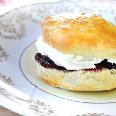 Easy Scone Recipe (Small Scones)
