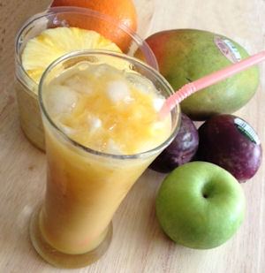Mango, Orange, Pineapple, Apple & Passion Fruit Smoothie