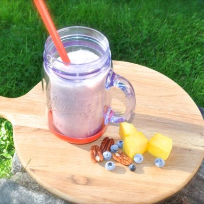 Nutribullet / Blender Recipe:  Mango, Blueberry, Strawberry and Pecan Half Smoothie