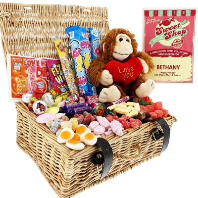Retro Sweet Hampers are your Go-To Gift This Year