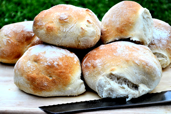 Breadmaker Softies Recipe – or Bread Rolls, Baps, Burger Buns, Morning Rolls – Whatever you call them.