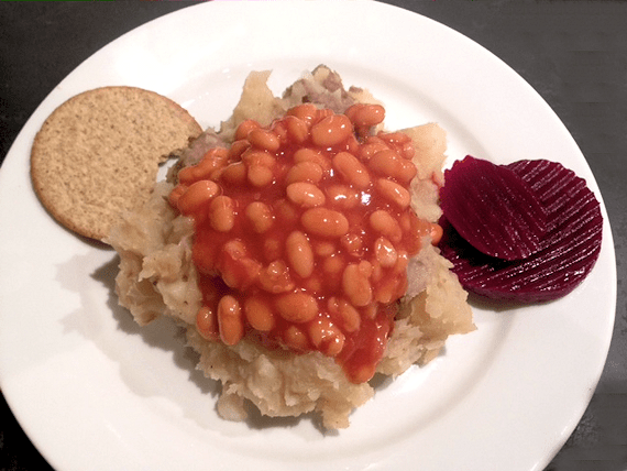 Slow Cooked Traditional Scottish Stovies with Oatcakes and Beetroot (and the kids beans)