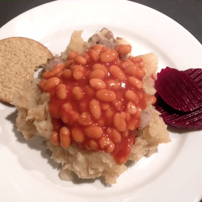Traditional Scottish Stovies with Oatcakes and Beetroot – Slow Cooked & with the Kids Baked Beans to serve.