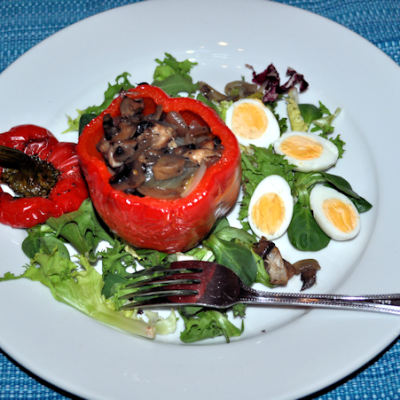 Roasted Stuffed Peppers with ONION, MUSHROOM AND CHEDDAR CHEESE, SERVED WITH QUAILS EGGS AND SALAD