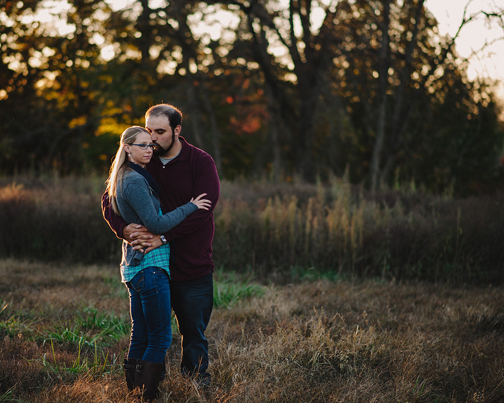 Fall-woods-engagement-columbia-missouri-021