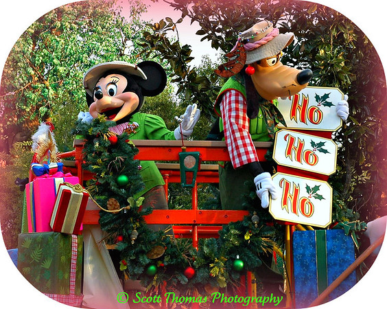 Minnie Mouse and Goofy open Disneys Animal Kingdom back in December, 2006.