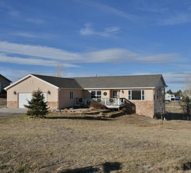 Gorgeous Walkout Ranch Home in-large-001-9-Front-1500x1000-72dpi