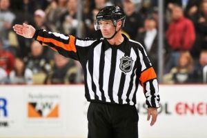 Referee Greg Kimmerly #18