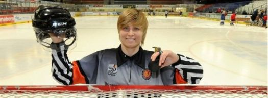Referee Nicole Hertrich