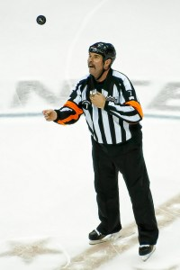 Referee Bill McCreary (Image: Clyde Caplan)