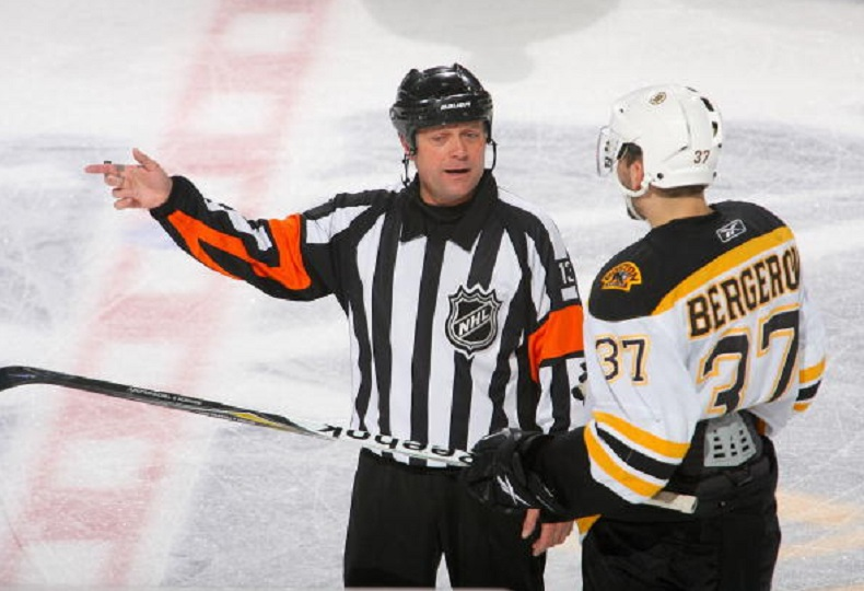 Tonight's NHL Officials – 12/1/14
