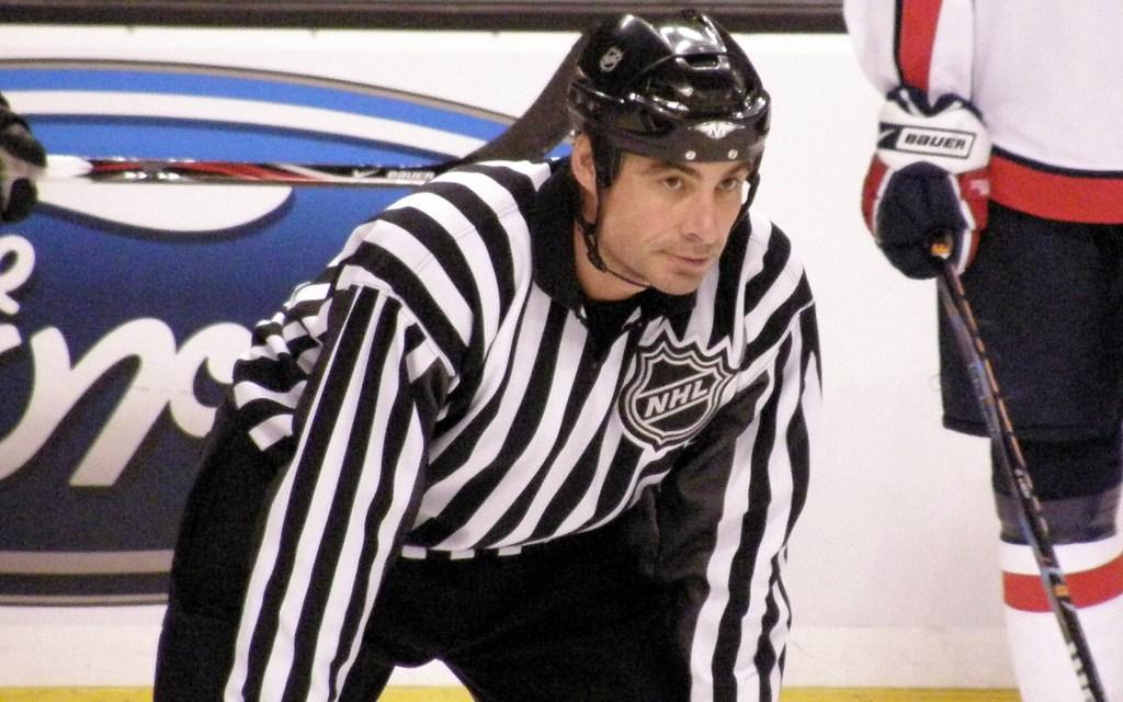 Tonight's NHL Officials – 10/21/14