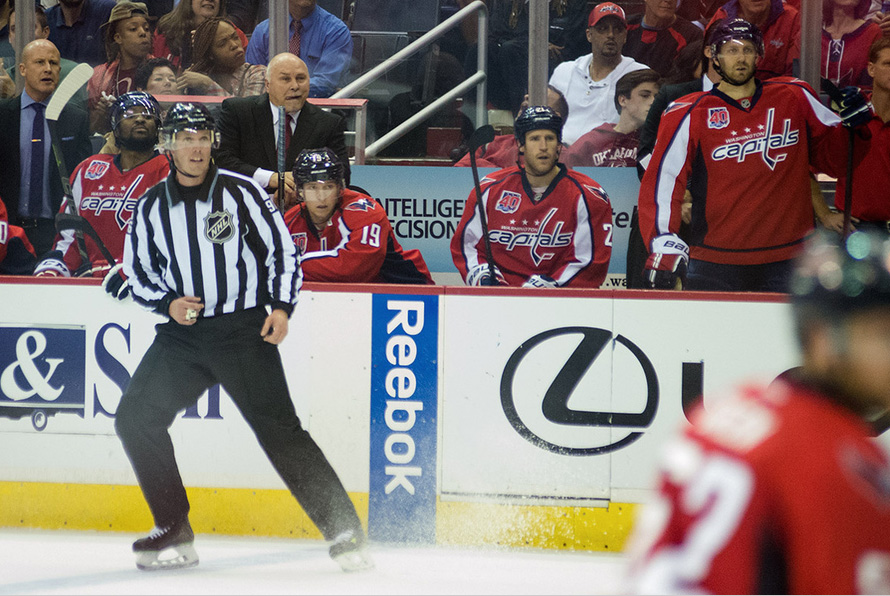 Tonight's NHL Referees & Linesmen – 4/2/15