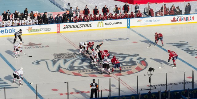 The puck drops on the opening faceoff of the 2015 Winter Classic.