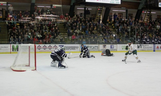 Hockey East Referee Takes Out UNH Player, Leading to Goal
