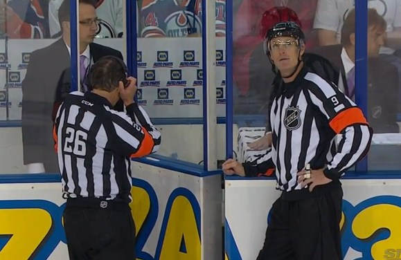 Tonight's NHL Referees & Linesmen – 12/2/15