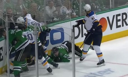 Stars' Lindell Dives, Picks Up Embellishment Call