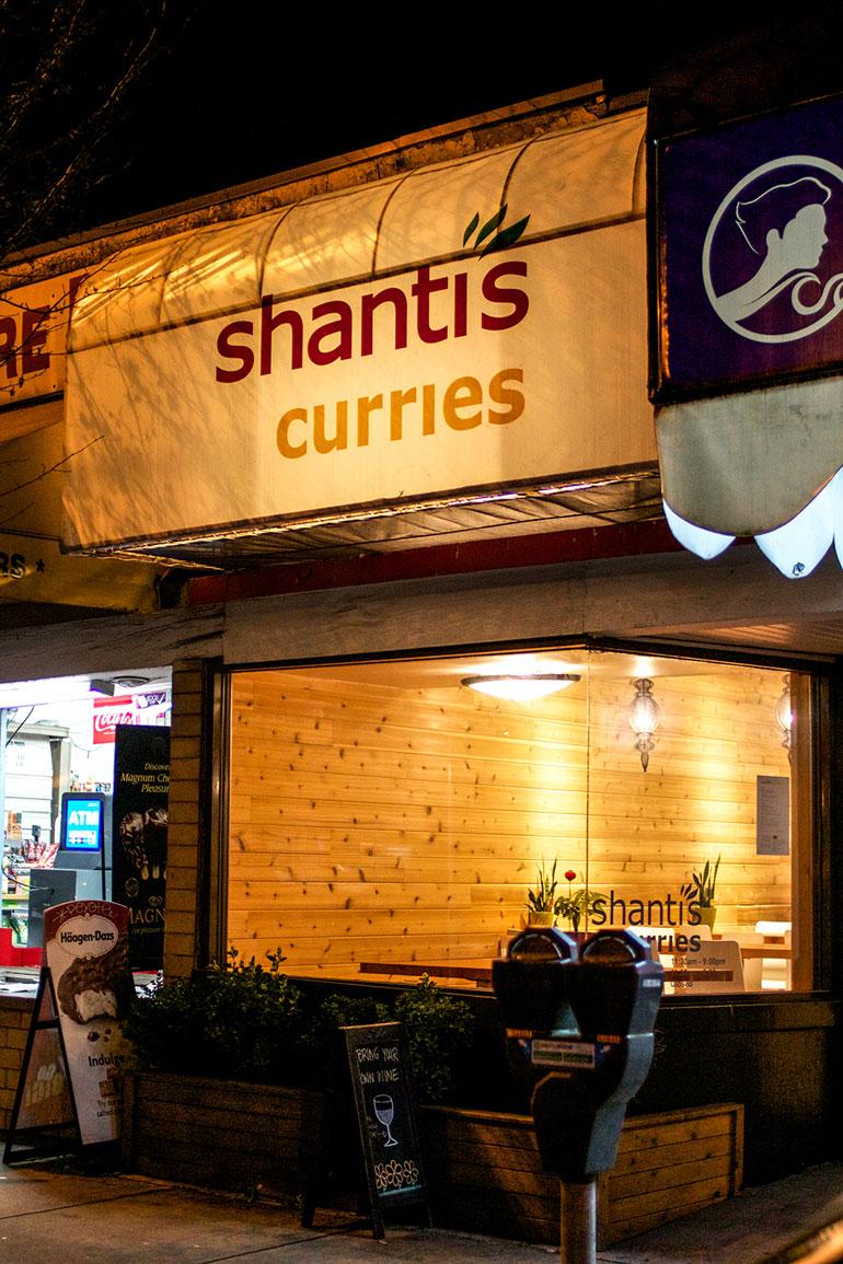Shantis-Curries