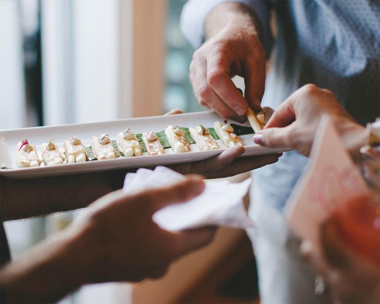 RailtownCatering_Canapes4
