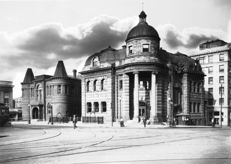Carnegie-Hall-&-City-Hall-(CVA-677-655)