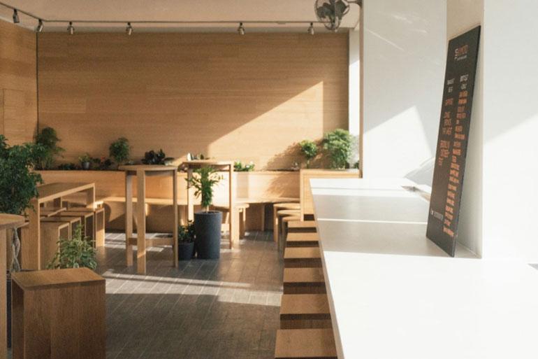 Kimoto-Rooftop-Beer-Garden-by-Isometric-Studio-New-York-03