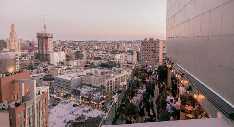 Kimoto-Rooftop-Beer-Garden-by-Isometric-Studio-New-York-23