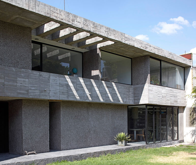 pedro-reyes-house-architecture-mexico-city_dezeen_2364_col_2-3