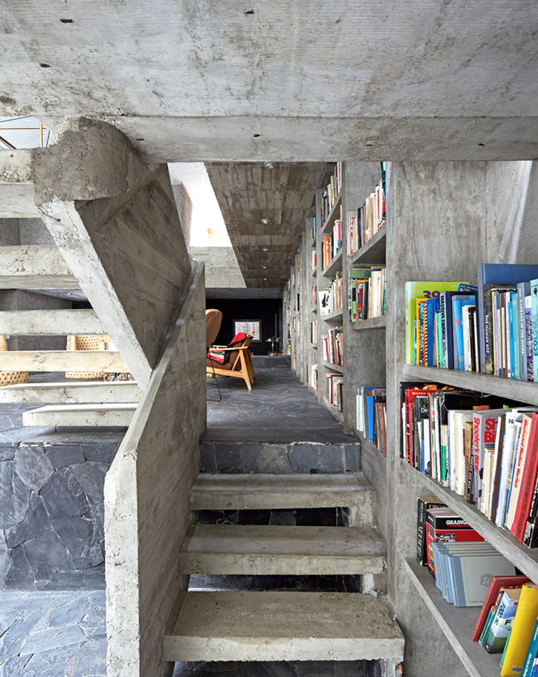 pedro-reyes-house-architecture-mexico-city_dezeen_2364_col_3
