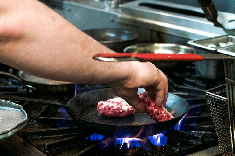 Beef-hits-the-pan-with-a-sizzle