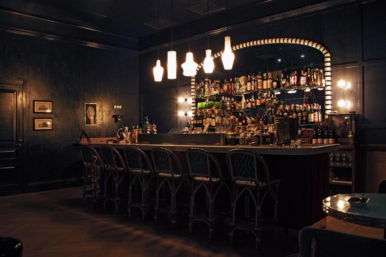 MR-SIMON-cocktail-bar-by-Visual-Display-Udine-Italy03