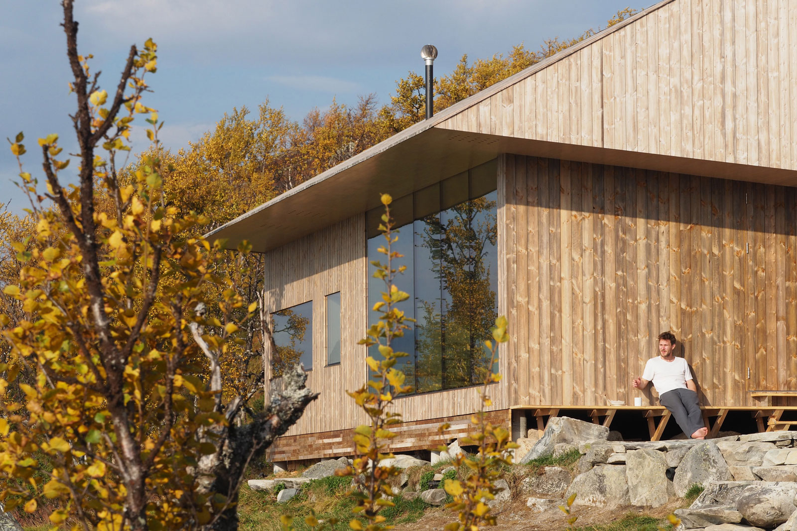 cabin-jon-danielsen-aarhus-architecture-residential-norway_dezeen_2364_col_13