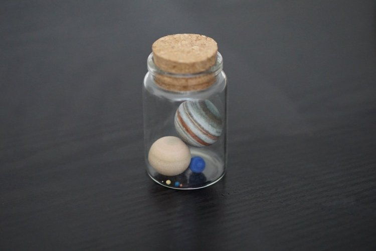 solar-system-in-a-bottle