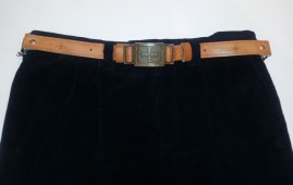 Pantaloni di velluto blu a coste con cintura